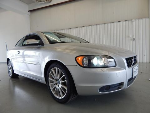 Pre-Owned 2006 Volvo C70 T5