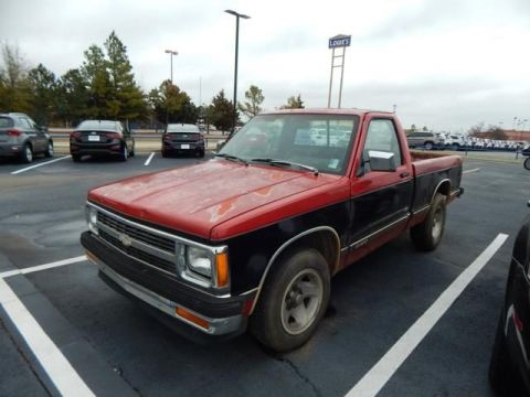 Pre-Owned 1991 Chevrolet S-10 Tahoe